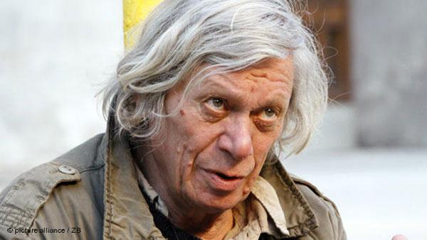 Димитър Гочев (1943-2013)  - Театърът на Димитър Гочев, когато вдига рамене и се подсмихва