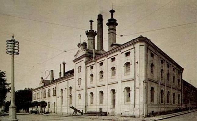Прошековата фабрика процъфтявала до смъртта на двамата братя.