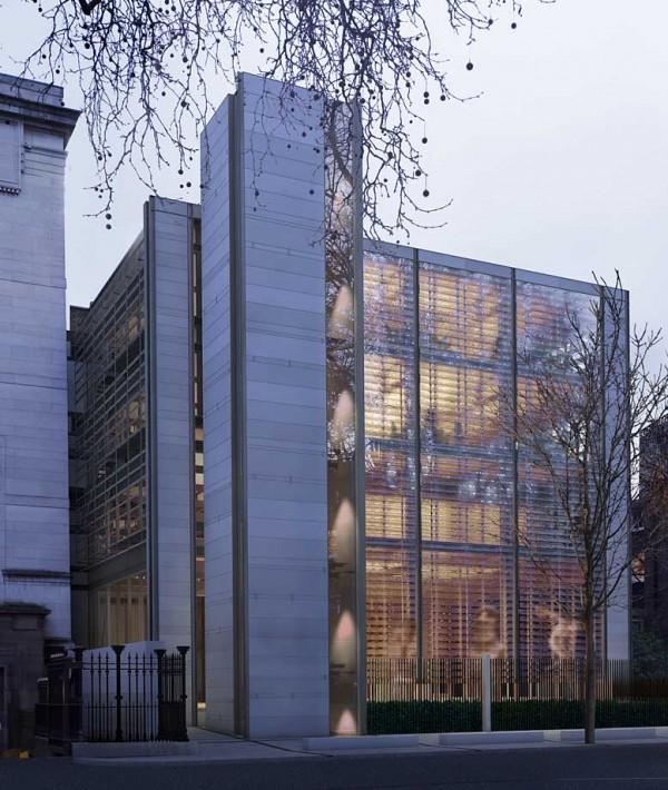 Стъклените повърхнини на разширението на Британския музей е изработено от фирмата, която ще създаде стъклените куполи на Ларгото.