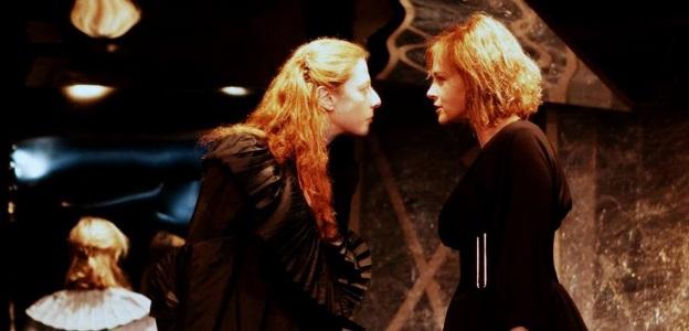 """Касиел Ноа Ашер и Стефка Янорова в сцена от """"Театър, любов моя!"""" - Високо, там, гдето…"""