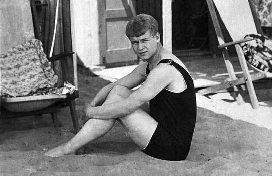 Сергей Есенин на плажа