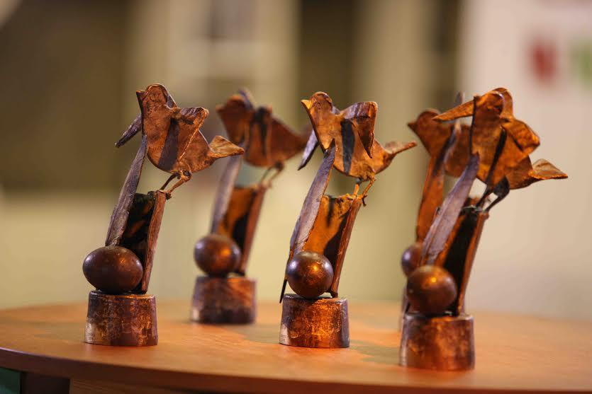 """Статуетките на литературните награди """"Перото"""""""