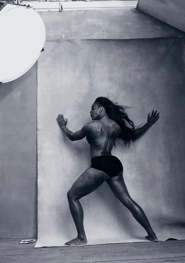 Топтенисистката Серина Уилямс  се доказва като модел в студиото.