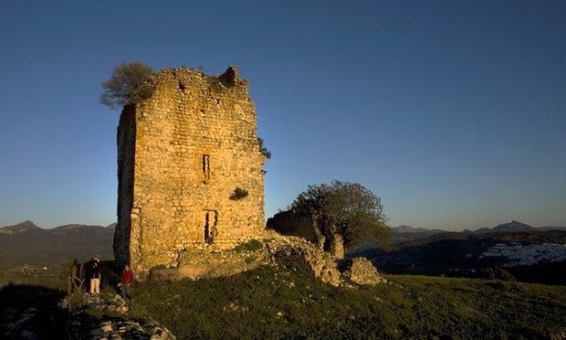 Така е изглеждала крепостта преди възстановката.