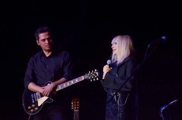 Лили Иванова не скри възхищението си от музиканта Ангел Дюлгеров.