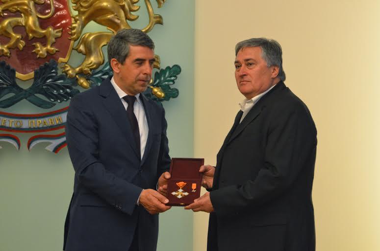 Росен Плевнелиев с художника Станислав Памукчиев