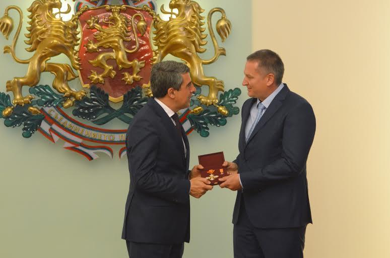 Президентът Росен Плевнелиев и писателят Георги Господинов