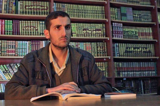 Анас Ахмад, един от основателите на библиотеката