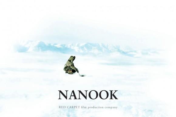 """Нанук и Седна са семейство ескимоси, които живеят в снежната пустош. След смъртта на Седна Нанук решава да изпълни последното ѝ желание - да открие дъщеря им Ада, избрала живота в града. - Български филм на """"Берлинале"""""""