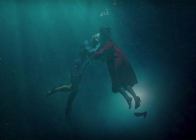 """""""Формата на водата"""" е приказка за любов  между жена, лишена от говор, и мъж, който не може да вирее вън от водата.  - Ще има ли """"Оскар"""" във """"формата на водата""""? (видео)"""