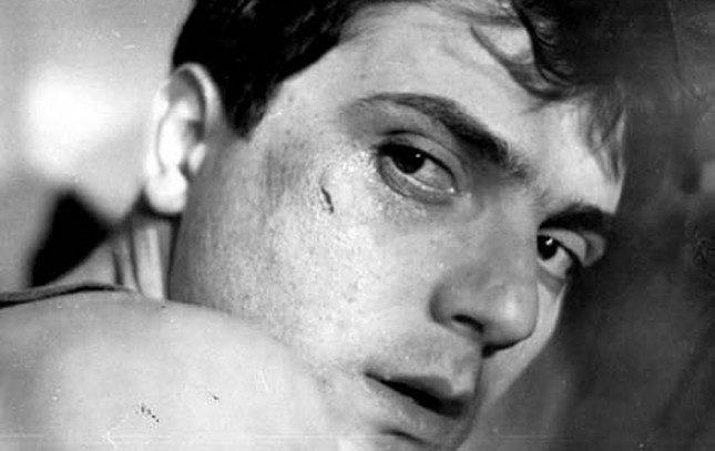 """Премиерата на документалния филм за Чочо Попйорданов ще бъде на 23 април в Кино """"Люмиер Лидл"""". На снимката: Чочо Попйорданов в кадър от филма """"Граница"""" - Ако знаехме, че това е последният път, когато го виждаме… (видео)"""