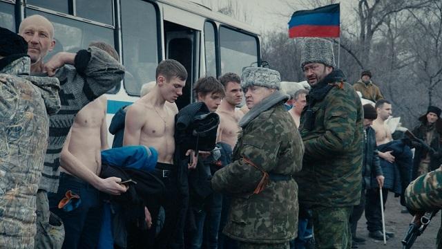 Режисьорът Сергей Лозница показва сложното лице на конфликта в Източна Украйна, в който няма неутрални или невинни участници.  - Кан 2018: Повече от филм за луксозна публика