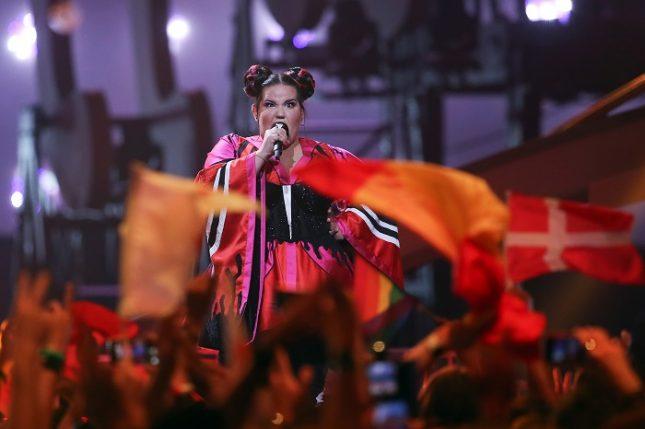 """Нета от Израел получи най-много гласове на музикалния конкурс """"Евровизия"""" в Лисабон, Потругалия. Снимка: ЕПА/БГНЕС - Израел спечели """"Евровизия 2018"""""""