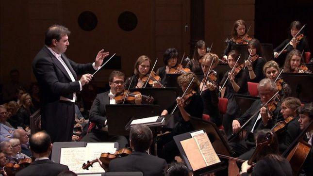 """Програмата на """"Концертгебау"""" в София включва Концерт за цигулка от Менделсон, Седма симфония от Бетовен и увертюрата от """"Дон Жуан"""" на Моцарт. Снимка: Кралски Концертгебау оркестър - Амстердам - """"Концертгебау"""" в НДК, събитието на седмицата"""