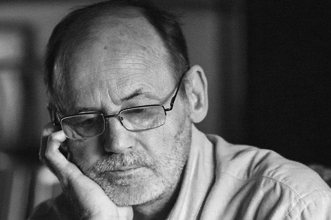 Писателят Недялко Славов. Снимка: Уикипедия - Любовта като пиафе