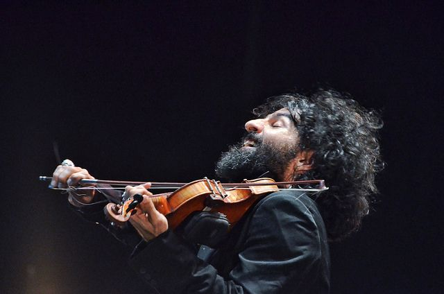 Ара Маликян ще изнесе втория си концерт в София на 1 ноември в зала 1 на НДК. Снимка: Емил Л. Георгиев/Площад Славейков - (Не) говори с него